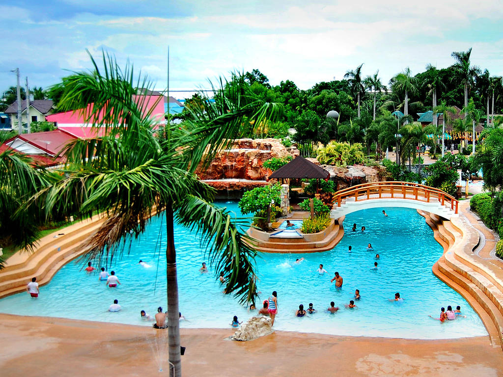 st agatha resort and hotel essay St agatha resort has a 11 waves wave pool , with 25 meter lap pool & kiddie pool the resort has a license life guards to make sure that everyone of our visitors will be safe the resort can proudly serve their traditional and authentic dishes which will surely turn on your palate at the bistro ( bistro.